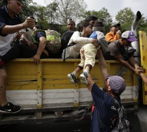 MEXICO AMAGA CON DEPORTAR A INTEGRANTES DE LA CARAVANA; LA CNDH ABOGA POR SUS DERECHOS
