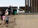 EU PLANEA OPERACIÓN PARA DEPORTAR A MÁS FAMILIAS MIGRANTES