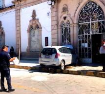 CHOCA DE FRENTE CON EL HOSPITAL CENTRAL