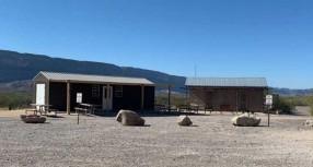 LOS SERVICIOS PARA VISITANTES REGRESAN AL DISTRITO HISTÓRICO CASTOLON DEL PARQUE NACIONAL BIG BEND