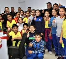 RECIBE EL ALCALDE MARTIN SANCHEZ  A ALUMNOS DE LA PRIMARIA MANUEL OJINAGA EN LAS INSTALACIONES DEL C4